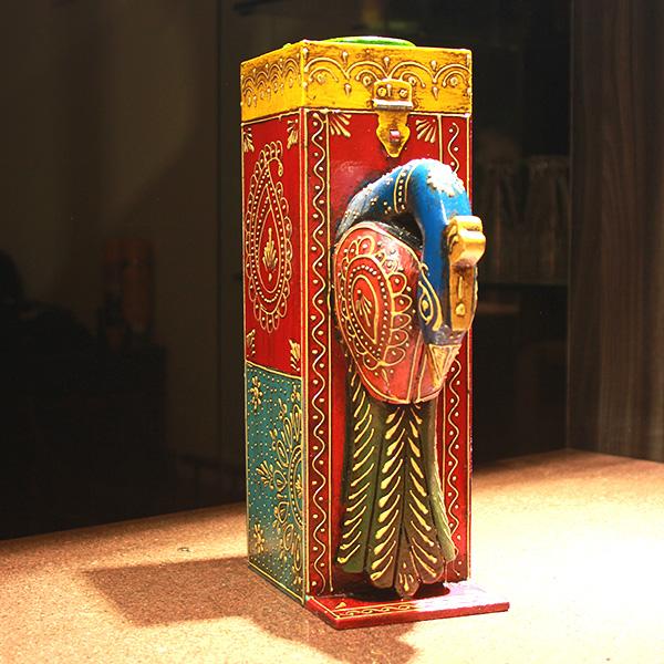 hand embossed wine box1