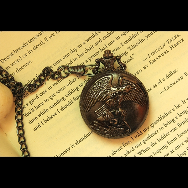 vintage-pocket-watch-with-eagle-carving