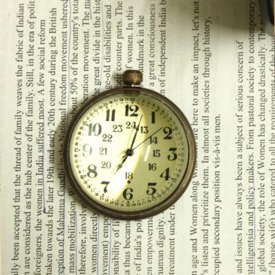 vintage-timepiece-paperweight